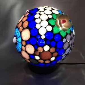 Lámpara velador con venecitas